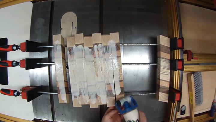 Chevron-Cutting-Board_img14