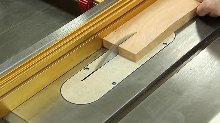 Chevron-Cutting-Board_img6